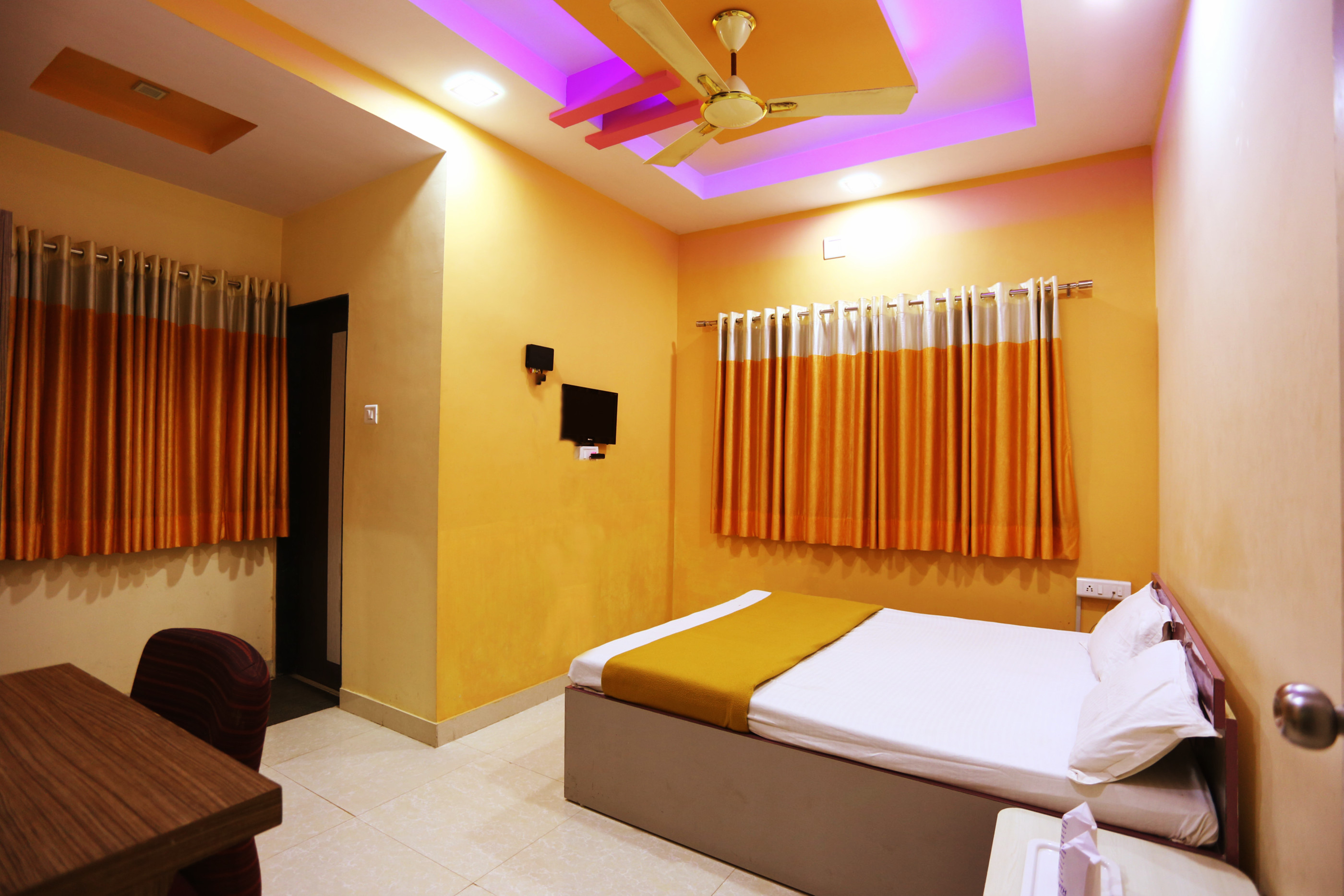 Superior Non AC Room at Hotel Somnath Sagar Somnath