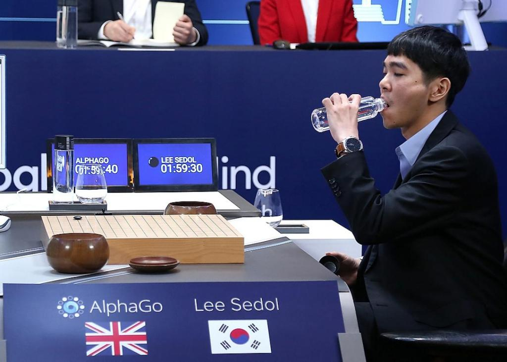 AlphaGo consigue mediante la inteligencia artificial superar al mejor jugador de Go