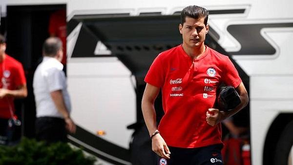 Colo Colo definirá el futuro de Miiko Albornoz la próxima semana