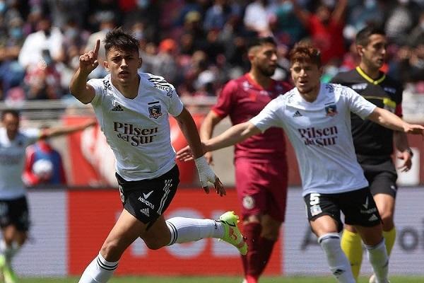 Colo Colo celebra un nuevo triunfo en el Torneo Nacional