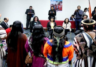 Escolares de pueblos originarios piden respeto a su identidad cultural