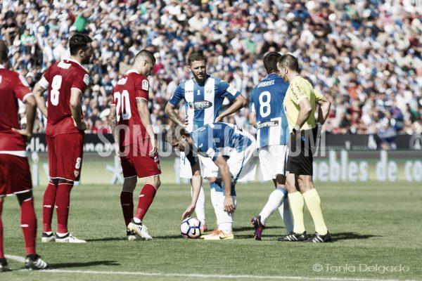 David Timor en el partido ante el Sevilla FC