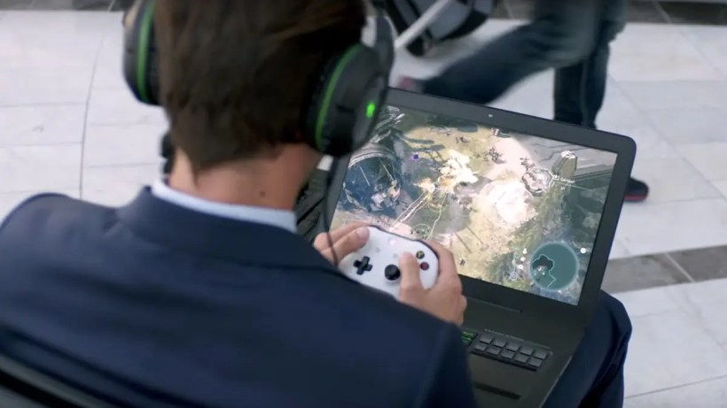 Xbox-One-Play-Anywhere-Gamers