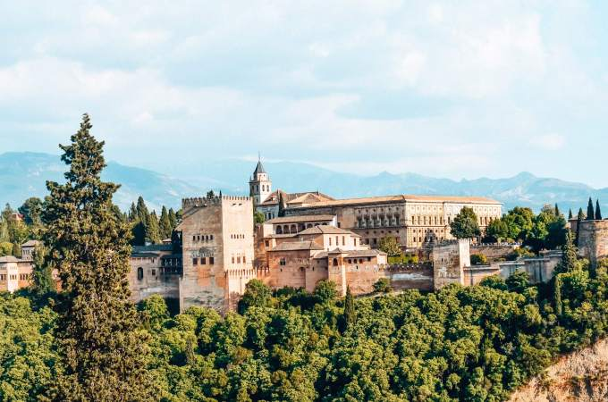 Why Granada is the best place to visit in Spain - La Alhambra