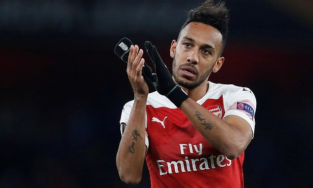 Aubameyang wants Man. United switch at the expense of Arsenal