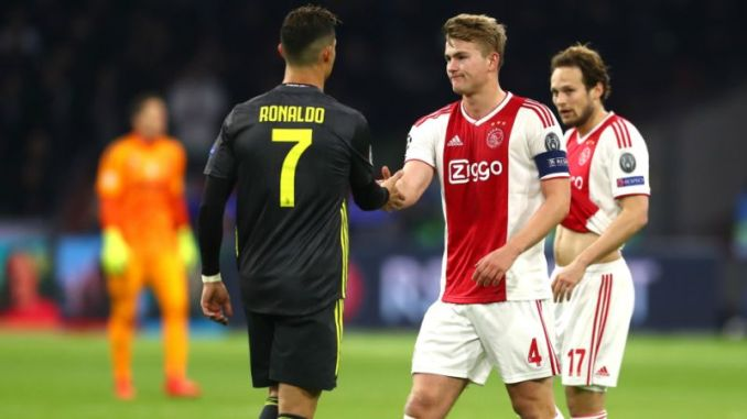 Yea, its true. Ronaldo asked me to join Juventus. De Ligt admits_somtospors