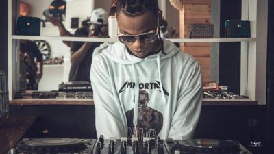 DJ Pyto - Camisola Cypher (Bander x Dygo x Kamané x Slick x Luxury Recycle x Konfuzo_412 x Dice)