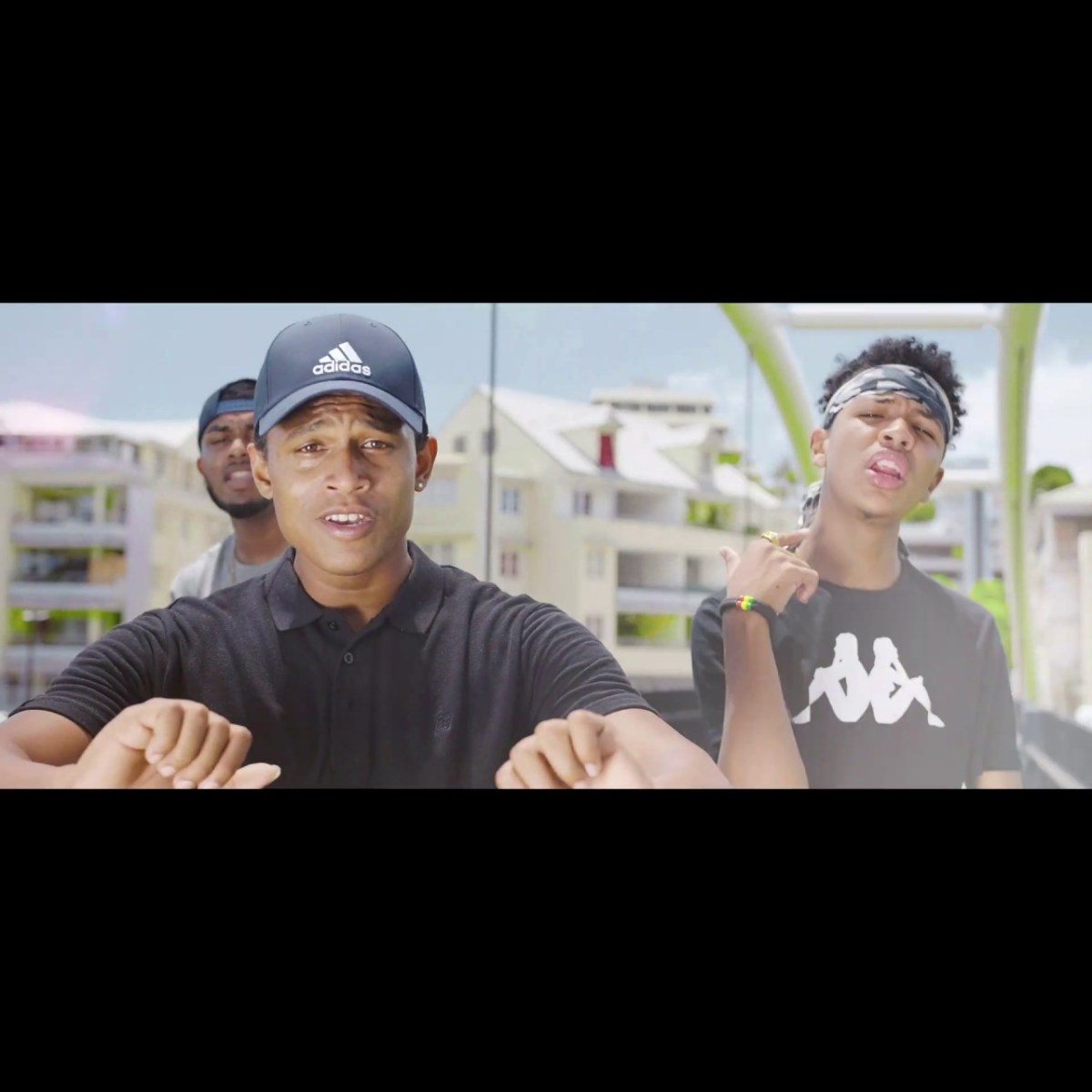 DJ Yaya - Alé Coco (ft. Lin Flex and Bomboclak) (Thumbnail)