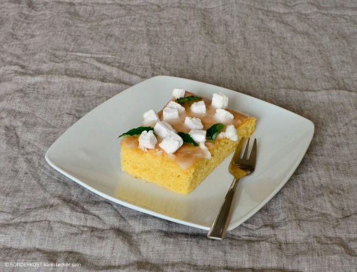 Zitronenkuchen mit Zitronen - Zuckerguß & Mini - Marshmallows