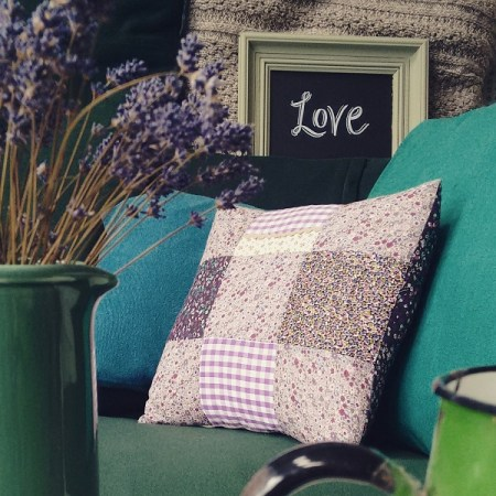 ALT=photo of cushion