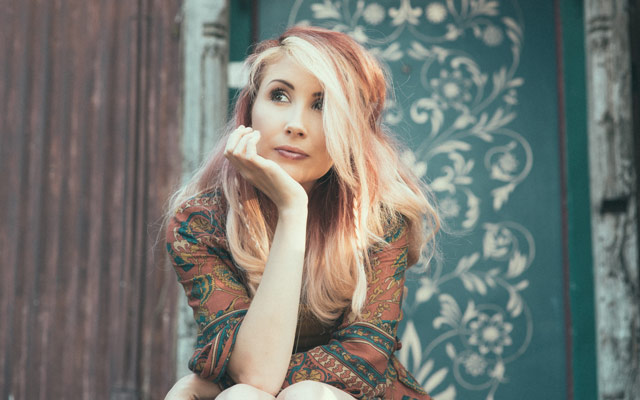 Song-by-Song: 'The Sun And The Blues' by Emma King | SONGWRITING