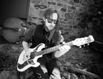EXCLUSIVE! 'Hot Buttered Rum' by Jason Fraticelli Band