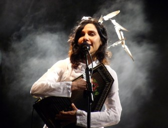 PJ Harvey confirmed for Glastonbury 2016