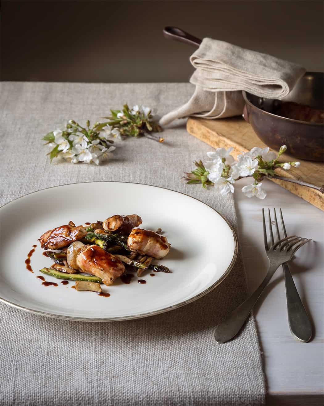 ricetta involtini con pancetta e asparagi