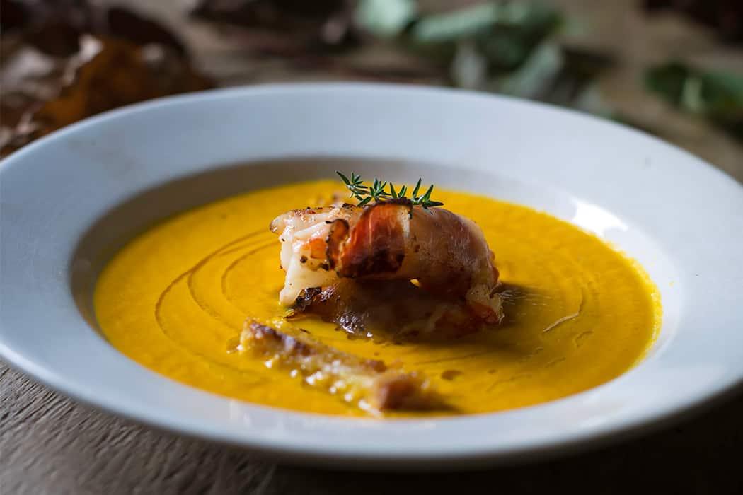 crema di carote con gamberi