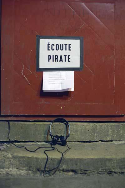 ecoute pirate sonic protest