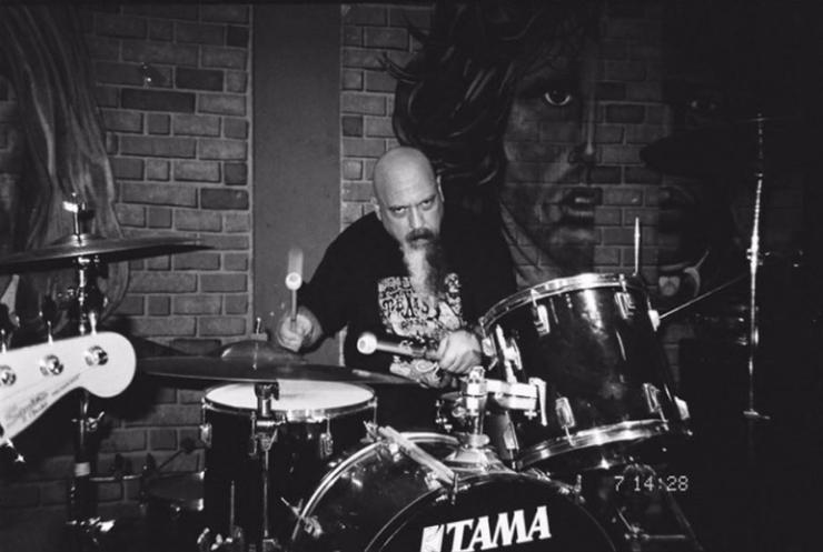 General Doom baterista de Moonwatcher banda Mexicana de stoner doom de Monterrey