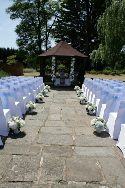 Outdoor ceremony flowers at Cain Manor