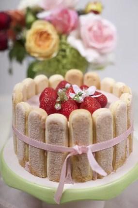 Erdbeer-Charlotte Rezept zum Muttertag oder zum Geburtstag