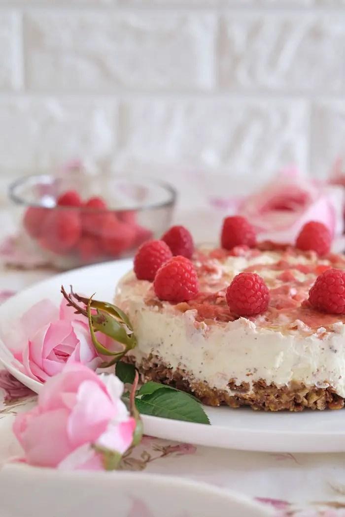 Rhabarber-Himbeertorte mit Schokocrossie   No-bake Cake