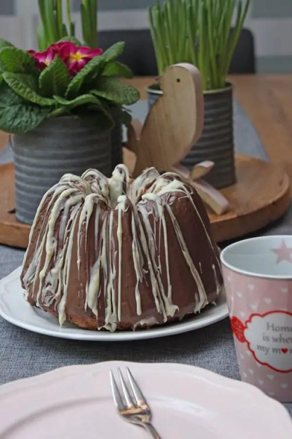 Schokoladen-Marzipan-Gugelhupf