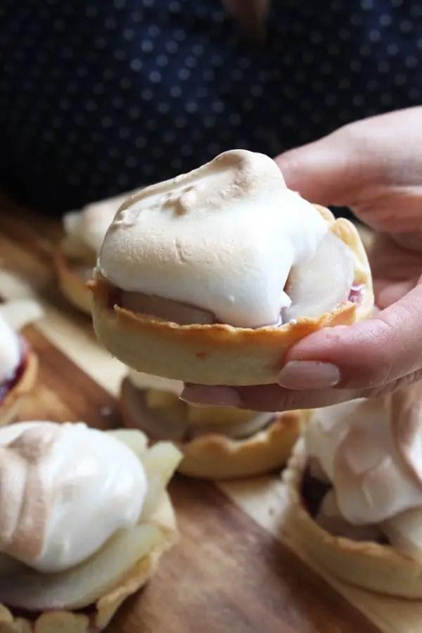 Sommerpasta, Ruculasalat mit Kräutern und Birnentörtchen alla Jamie Oliver