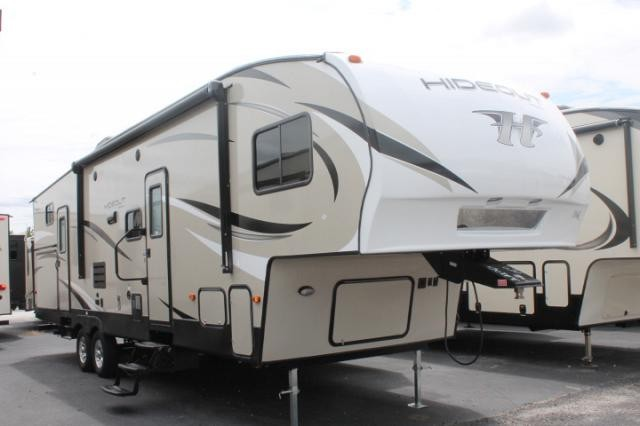 fifth wheel campers with bunkhouse and outdoor kitchen walmart stools 2018 keystone hideout 308bhds 5th camper bath 1 2 outside slides shower duncan sc