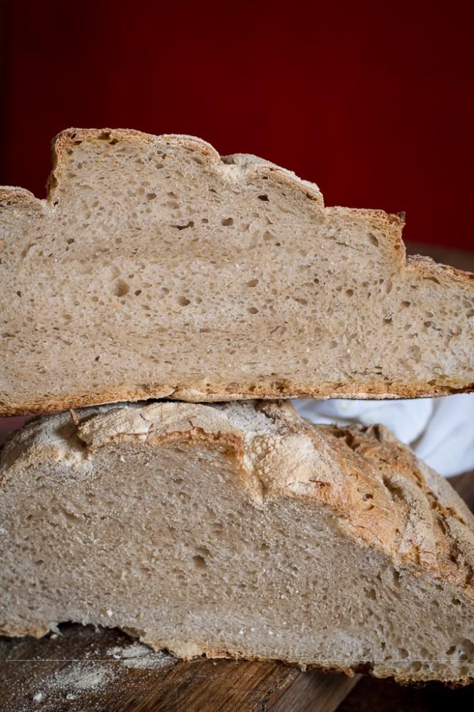 Pane a spirale integrale con farina di canapa