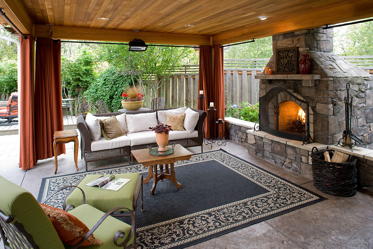 Outdoor Living Room Photos