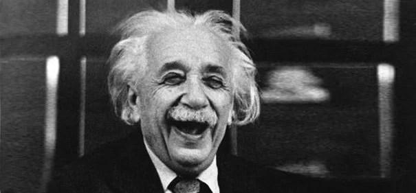 Distinguiendo entre la Risa y la Sonrisa