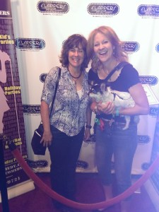 Image of Sonya with comedienne Karen Rontowski at Flappers Comedy Club in California
