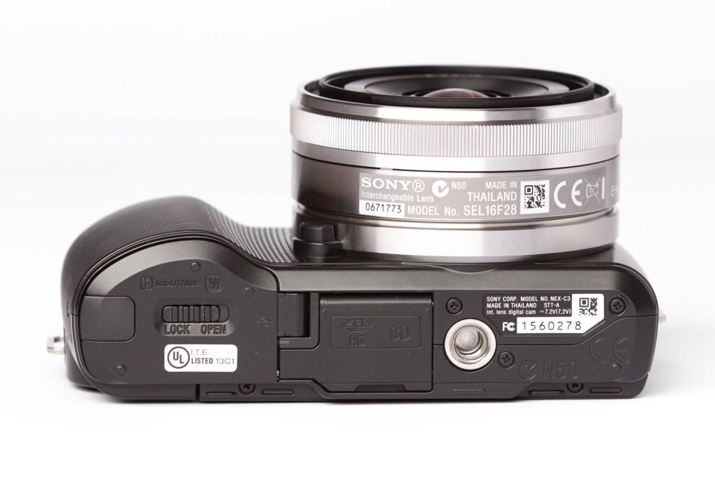 Sony E 16mm F/2.8 Lens on Nex-C3