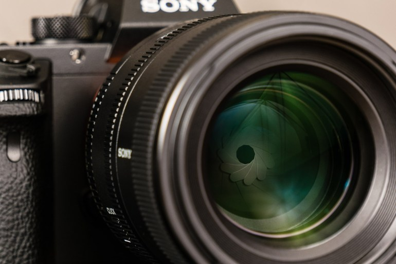 Sony FE 100mm f/2.8 STF GM OSS Lens Review