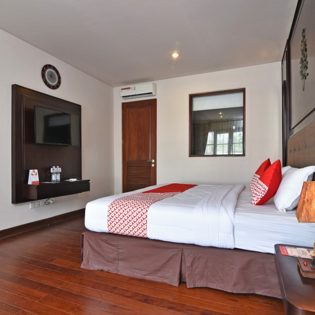 Oyorooms Springhill Bali