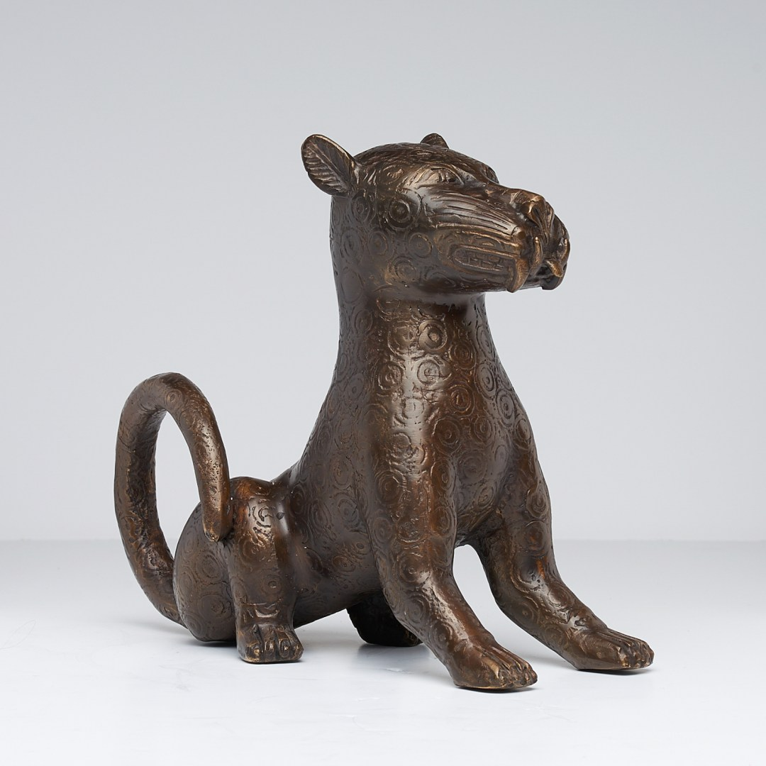 bronze sitting benin leopard
