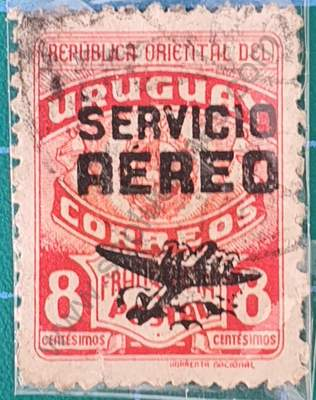 Escudo y Avión 8c - sello Uruguay 1946