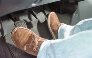 10 Hábitos que tens que estragam o teu carro! E que tu insistes em fazer!