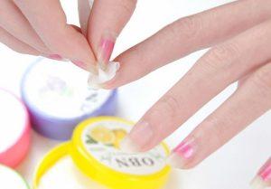 595605-650-1459078793-A-box-of-32-loaded-fruit-flavor-wash-nail-polish-nail-polish-nail-polish-remover-cotton