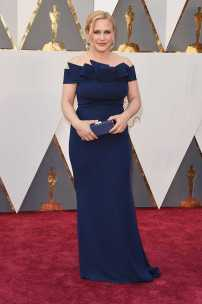 patricia_arquette_oscars_academy_awards_2016_red_carpet_17__large