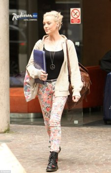 perrie-edwards-and-own-the-runway-floral-print-skinny-fit-jean-gallery