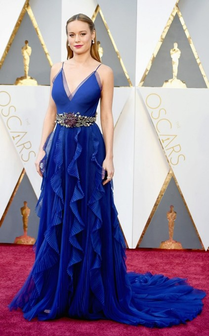 the-oscars-red-carpet-looks-everyone-is-talking-about-1677200-1456705901.640x0c