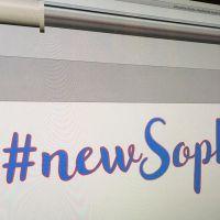 Découpe d'autocollant en forme de #newSophie