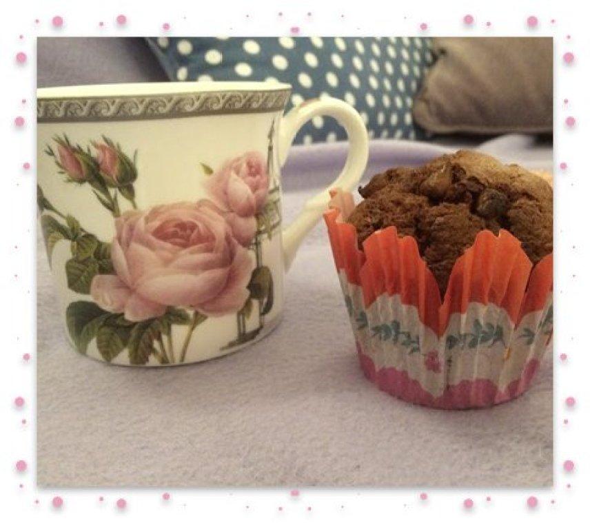 Cupcake and tea frame
