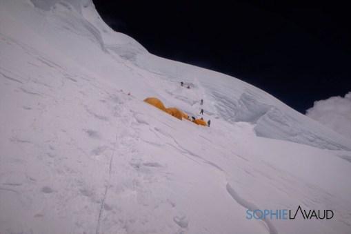 Camp 3 6890 m