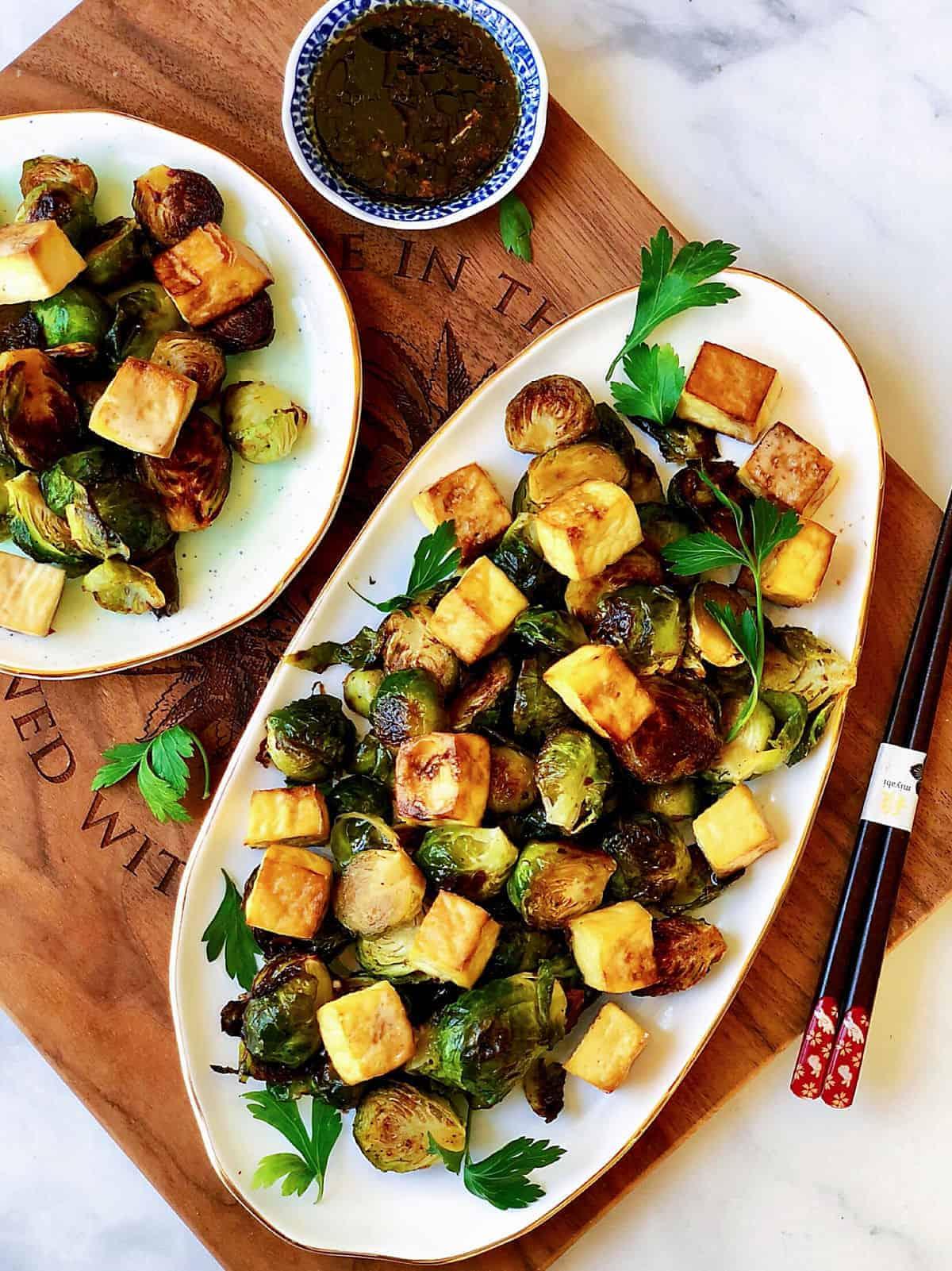 烤球芽甘藍 &烤香脆豆腐 &無糖糖醋芝麻醬-素食生酮-1石2鳥料理
