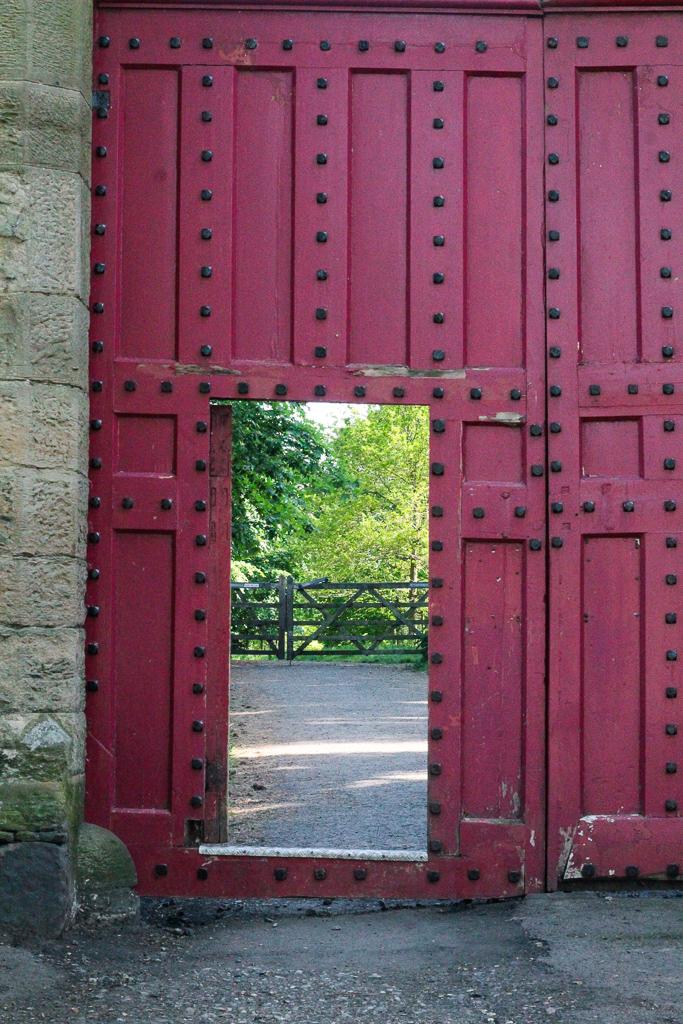red gate in Hawarden