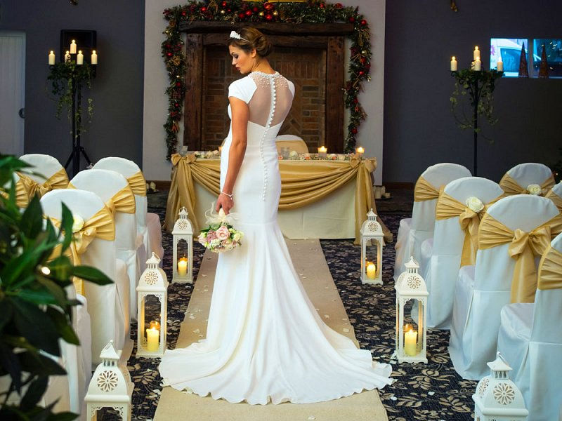 ivory chair covers with gold sash plush kids cover hire | bows wedding table swagging & venue styling sophisticated events