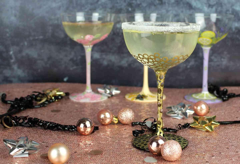 Elderflower Prosecco Fizz Cocktails With Lolita