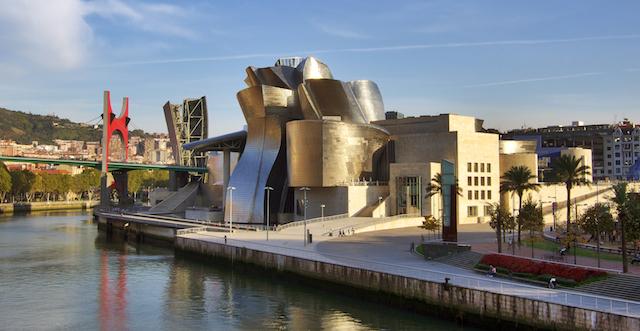 Guggenheim_museum_Bilbao_HDR-image