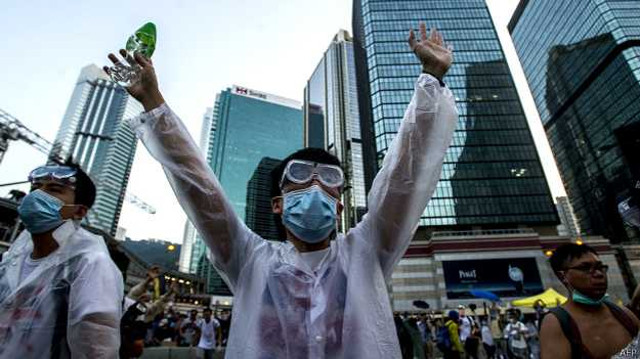 140928125838_hg_protester_624x351_afp